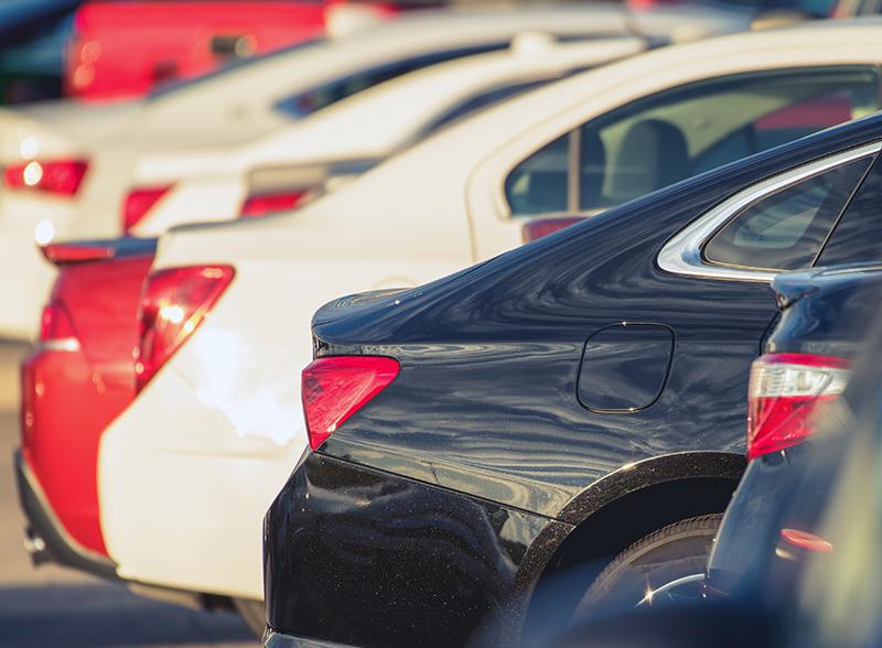 Fra 1.mai blir det full parkeringsavgift på fossilfrie biler i sone 1 og 2.